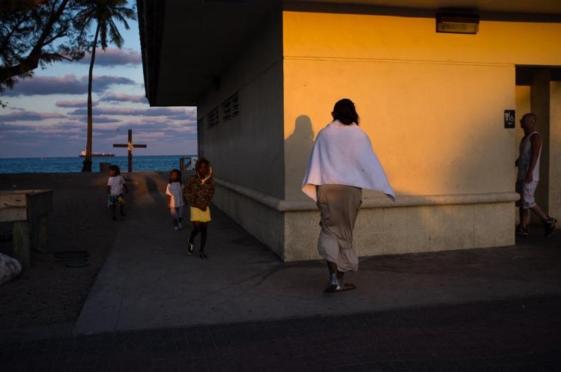 (C) Juan Jose Reyes street photography blog